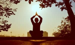 Meditation Before Bed - Is This a Good Idea